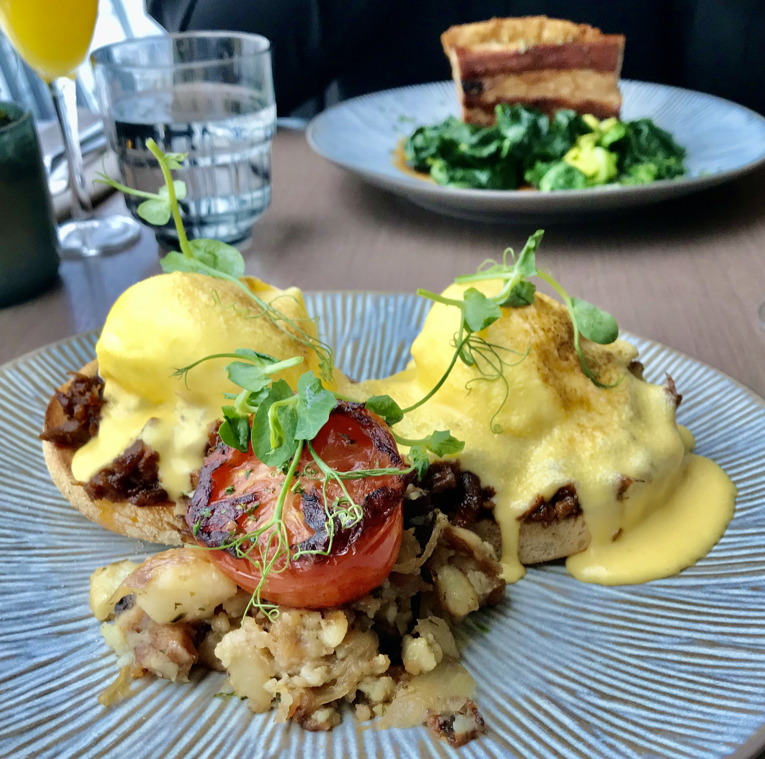 Weekend Brunch at Darwin Brasserie – The Sky Garden